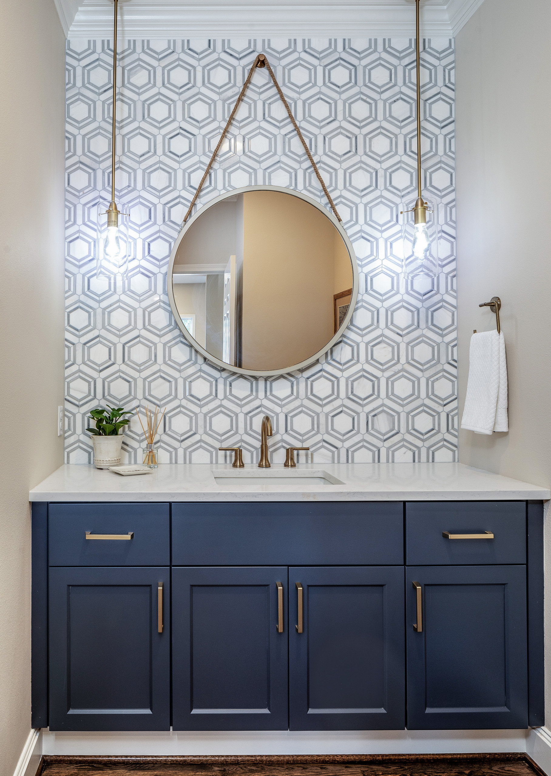 75 Beautiful Powder Room Pictures Ideas February 2021 Houzz