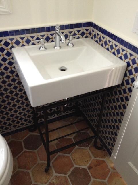Donahue Paye Interior Design traditional-powder-room