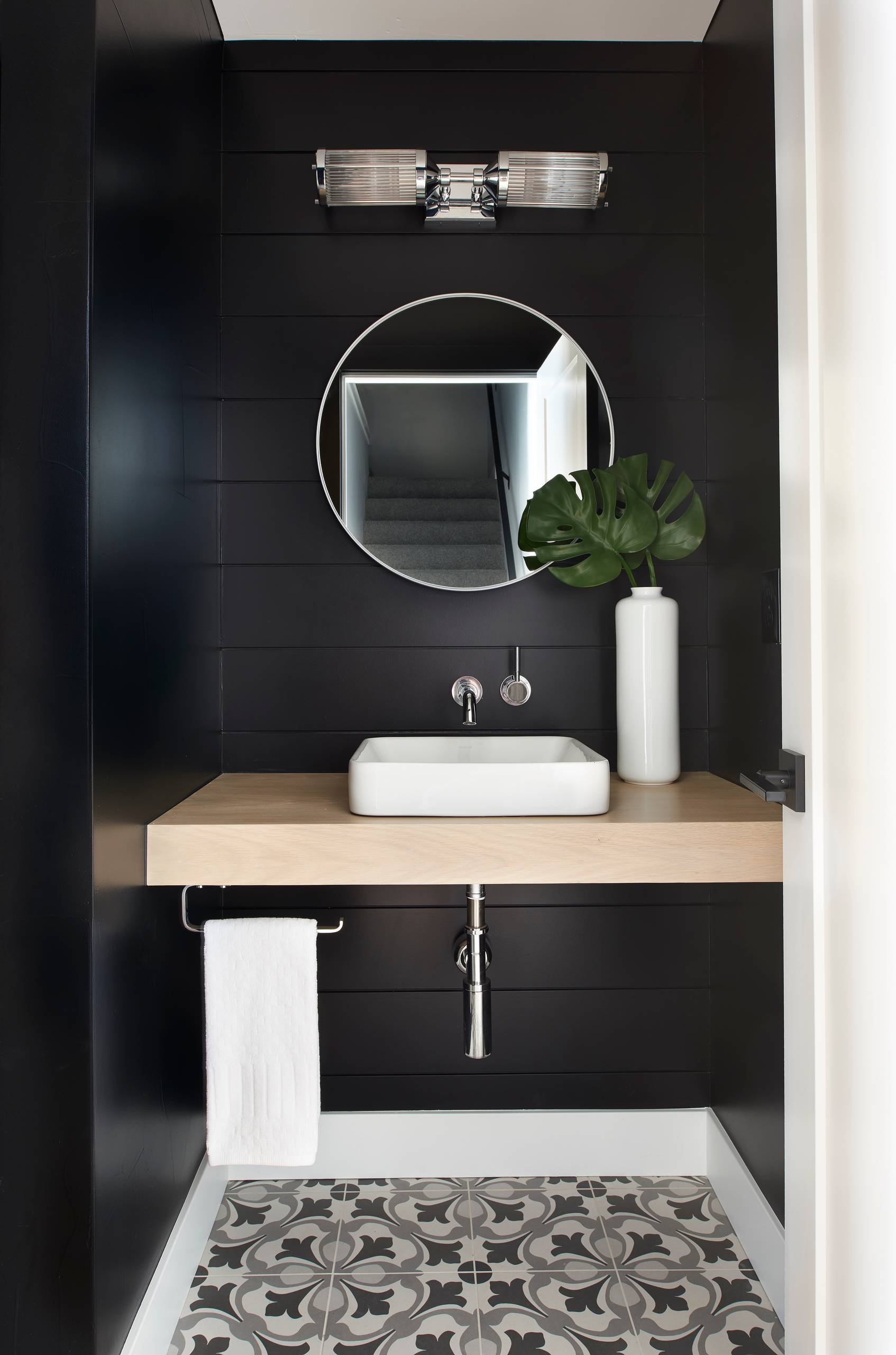 75 Beautiful Powder Room With Black Walls Pictures Ideas March 2021 Houzz