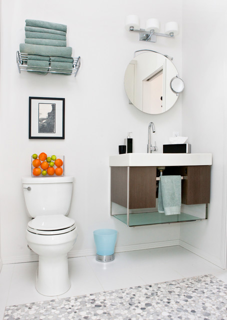 Garneau Revival contemporary-powder-room
