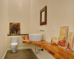 The Orchard eclectic bathroom