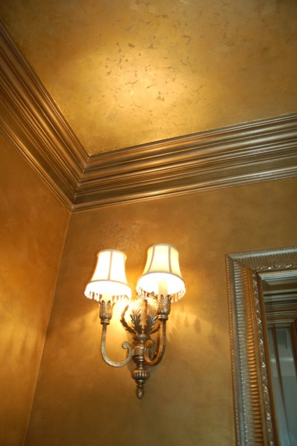 Metallic Gold Plaster Troweled Walls Gilded Ceiling