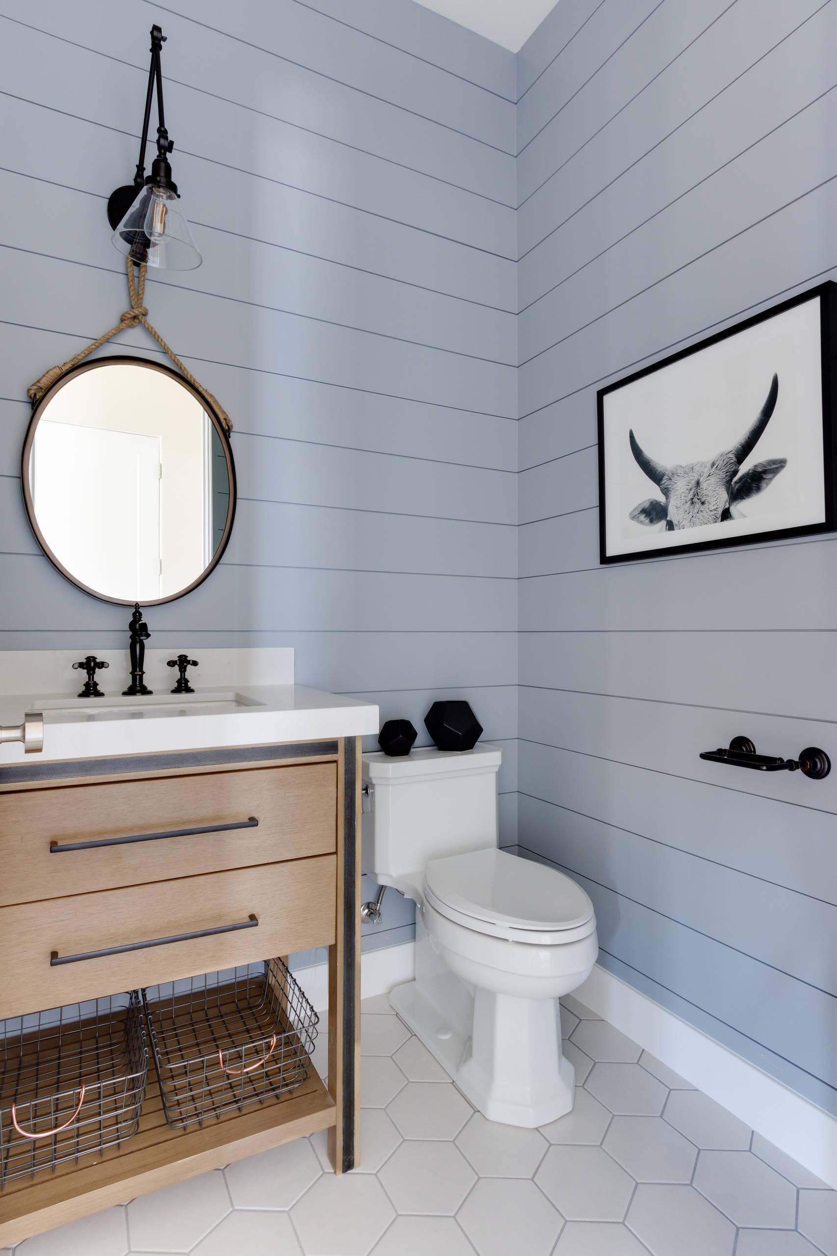 75 Beautiful Farmhouse Powder Room Pictures Ideas February 2021 Houzz
