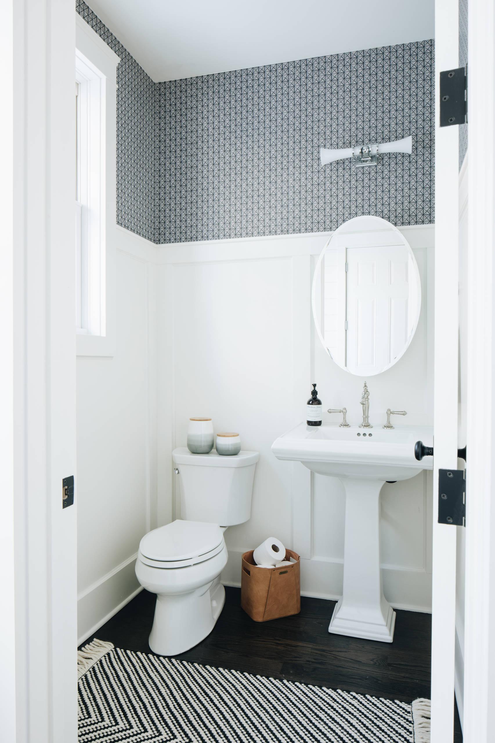 75 Beautiful Farmhouse White Powder Room Pictures Ideas February 2021 Houzz
