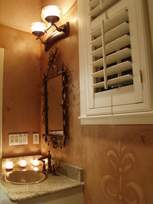 Pemberton Heights traditional powder room