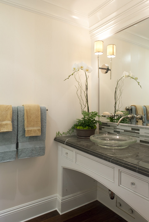 Example of a classic powder room design in San Francisco