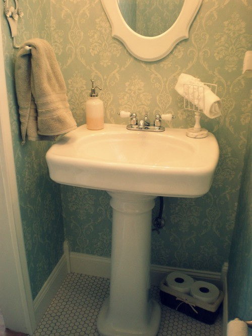 Who Makes The Pedestal And What Is The Wallpaper?gorgeous!