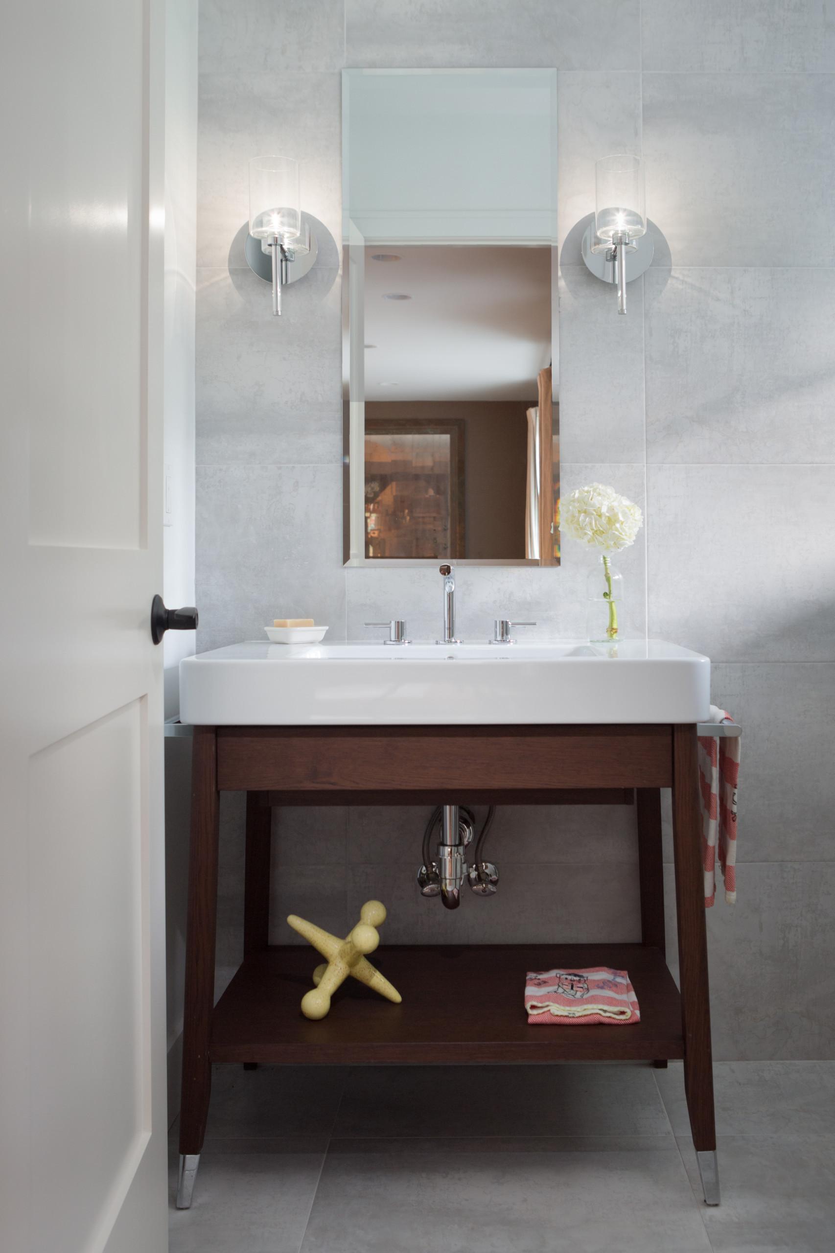 Powder Room Simplicity