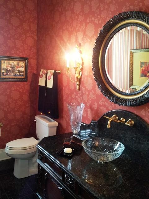 Residence traditional-powder-room
