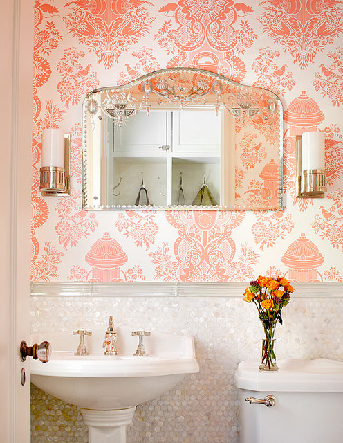 Powder room - traditional powder room idea in Chicago with a pedestal sink