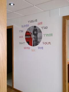 Decoraci n con vinilo pasillo entrada recibidor - Lo ultimo en decoracion de paredes ...