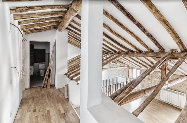 Rehabilitación de edificio como vivienda unifamiliar - Rustic - Hall ...