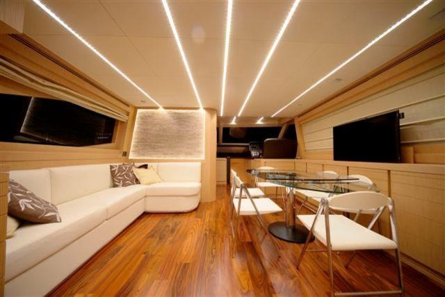 Arredamento barche for Arredo barche