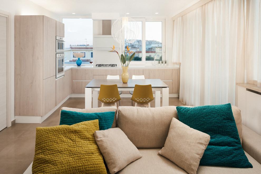 Ispirazione per una sala da pranzo aperta verso la cucina contemporanea di medie dimensioni con pareti bianche, pavimento in gres porcellanato e pavimento beige