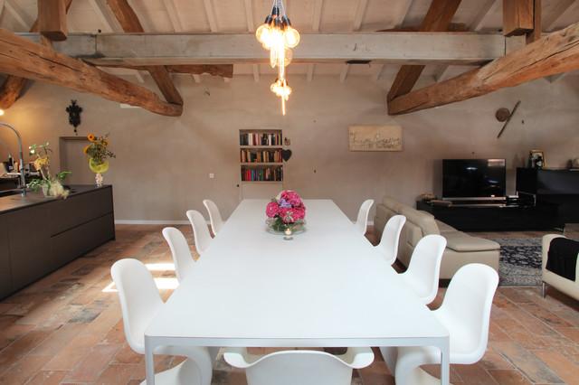 Casa padronale colturano in campagna sala da pranzo for Sala pranzo vecchia