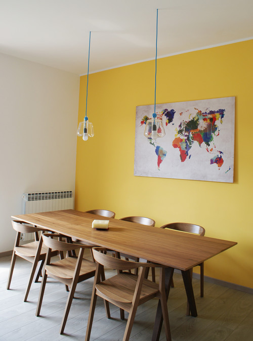 wo gibts den tisch und die st hle zu kaufen. Black Bedroom Furniture Sets. Home Design Ideas
