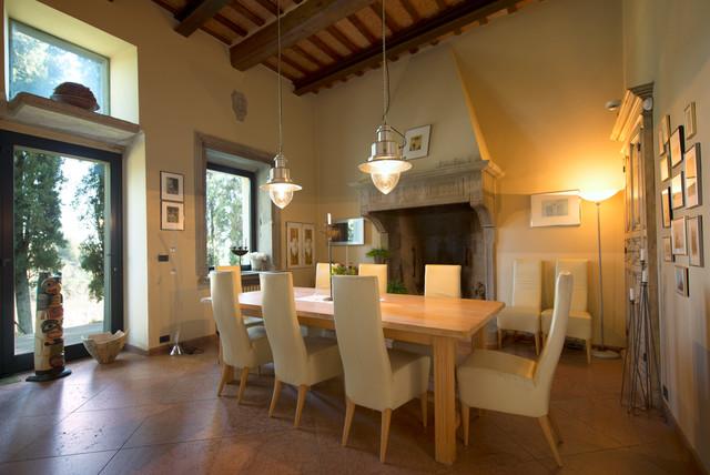 Interni ed esterni di una villa in Umbria eclectic-dining-room