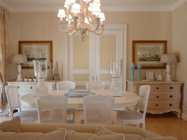 Restauro e arredamento villa al mare classico sala da for Arredamento sala pranzo