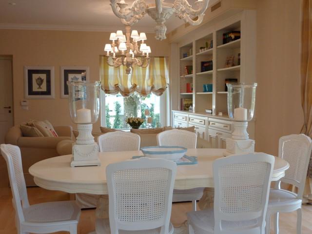 Restauro e arredamento villa al mare classico sala da for Arredamento per sala da pranzo