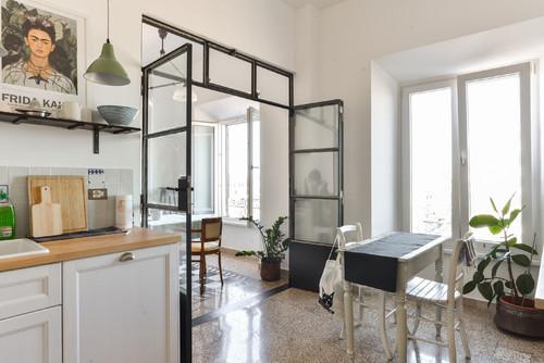 Parete in ferro e vetro for Appartamento design industriale
