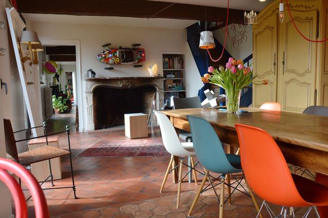 Am nagement long re contemporain salle manger - Amenagement interieur longere ...