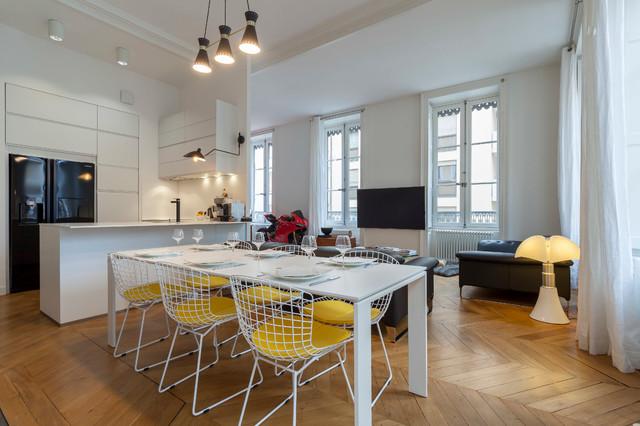 loft lyonnais. Black Bedroom Furniture Sets. Home Design Ideas