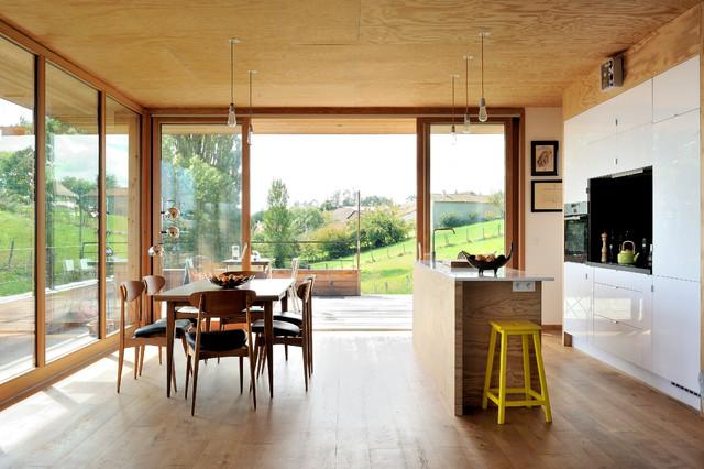 Maison contemporaine béton/bois - Contemporary - Dining Room ...
