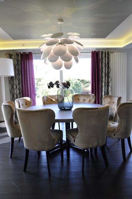 maison familiale contemporaine salle manger. Black Bedroom Furniture Sets. Home Design Ideas