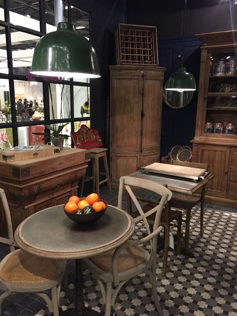 meuble de kercoet r tro salle manger lille par signature. Black Bedroom Furniture Sets. Home Design Ideas