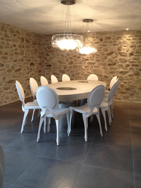 Oval Concrete Tables Modern Dining Room Angers By Concrete LCDA - Oval concrete dining table