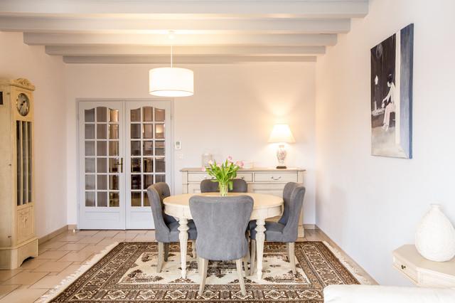 Relooking DUn Intrieur Dans Un Style Charme  Romantique  Salle