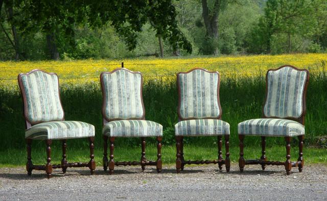 Suite De 4 Chaises De Style Regence Tissu Swaffer