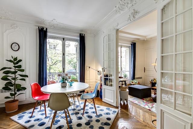 suivez le guide r publique nyklassisk matplats paris av meero. Black Bedroom Furniture Sets. Home Design Ideas