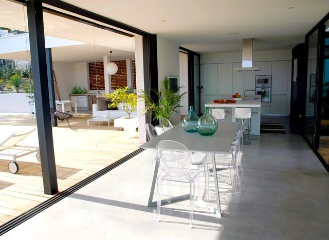 terrasse bois exotique brise vue bois patio contemporain salle a manger - Salle A Manger Bois Exotique