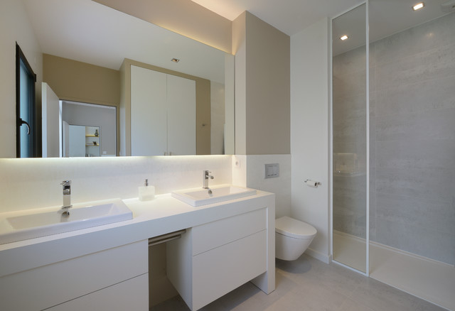 Agencement et d coration d 39 une maison contemporaine - Salle de bain contemporaine photo ...
