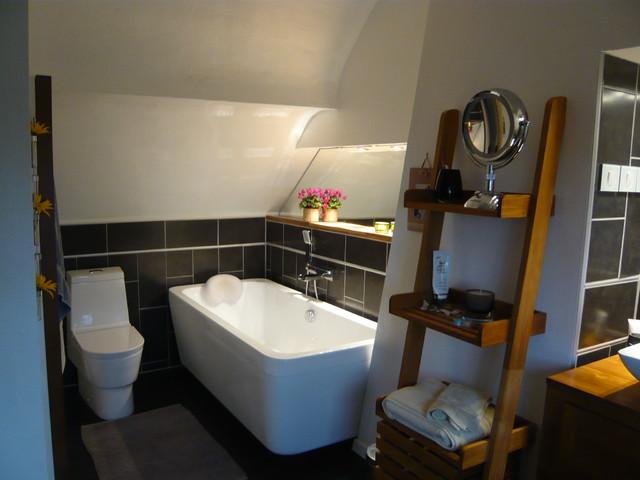 Aménagement de comble en chambre, dressing et salle de bain ...
