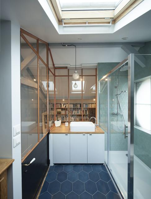 am nagement de combles contemporain salle de bain paris par agence demont reynaud ppil. Black Bedroom Furniture Sets. Home Design Ideas