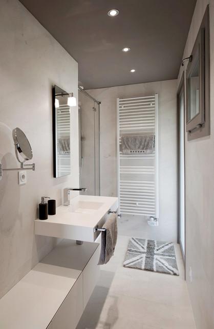 Aménagement intérieur - salle de bains - Moderne - Salle de ...