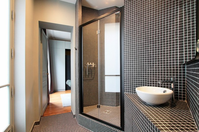 appartement haussmannien contemporain salle de bain paris par ga lle cuisy karine. Black Bedroom Furniture Sets. Home Design Ideas