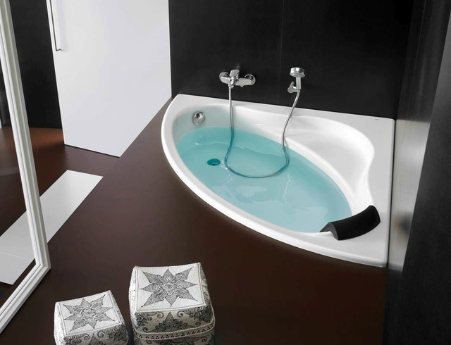 baignoire d 39 angle bali roca modern bathroom other metro by anjou connectique. Black Bedroom Furniture Sets. Home Design Ideas