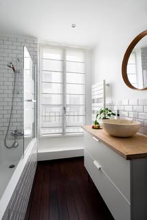 Petite salle de bain avec une baignoire d\'angle : Photos et ...