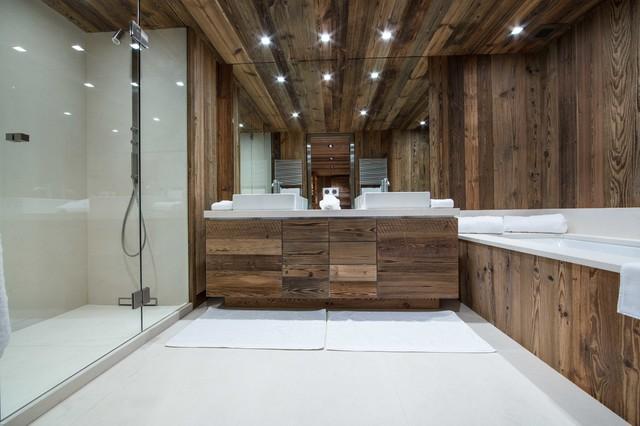 Chalet de montagne / © DGC STUDIO - Rustic - Bathroom - Lyon - by ...