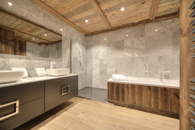 chalet du renne centre megeve montagne salle de bain lyon par vivian ronez promotion. Black Bedroom Furniture Sets. Home Design Ideas