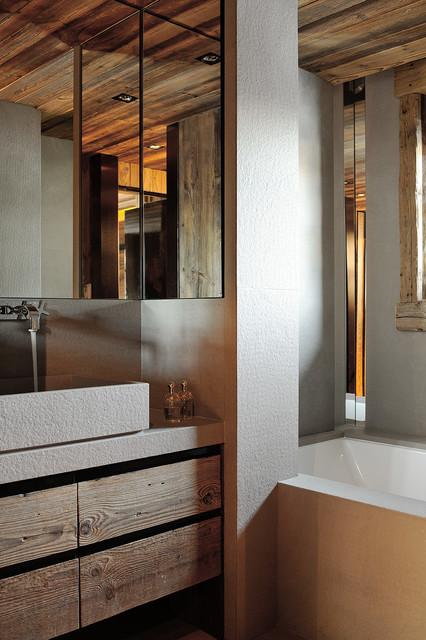 chalet l montagne salle de bain lyon par agence philippe magnin du sauzey. Black Bedroom Furniture Sets. Home Design Ideas