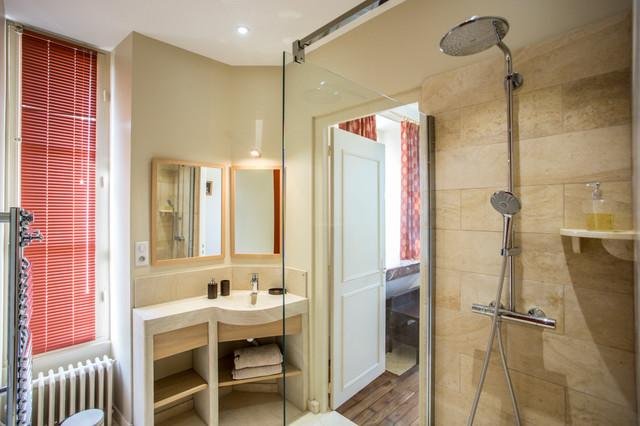 Chambre d\'hôtes rouille & beige - Classique - Salle de Bain ...