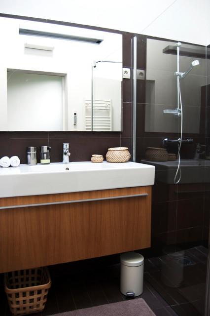 Cocon urbain et blanc contemporain salle de bain for Salle de bain urbaine
