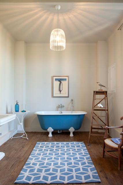 Contemplation bord-de-mer-salle-de-bain