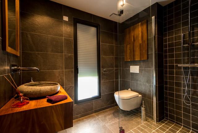 contemporain salle de bain. Black Bedroom Furniture Sets. Home Design Ideas