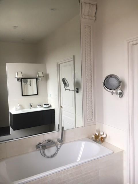 Décoration chambre parentale et salle de bain dans demeure ...