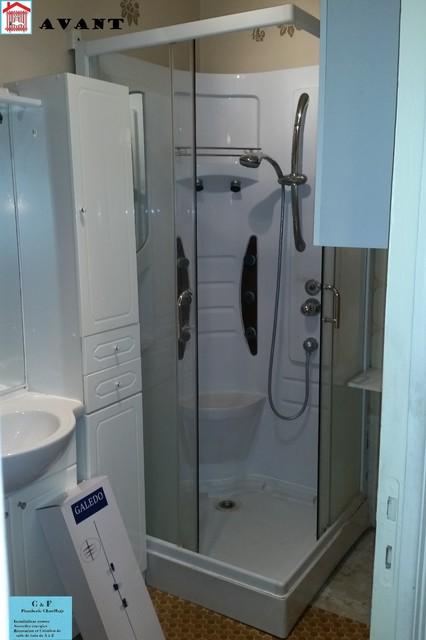 Douche Ultra plate avec pompe de relevage intégrer pour appartement